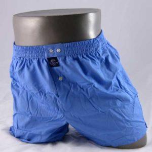 Effen lichtblauwe, wijde boxershort van het merk McAlson.